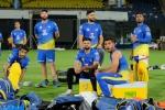 IPL 2019: सीजन शुरू होने से पहले ही CSK को लगा झटका, धाकड़ गेंदबाज हुआ बाहर