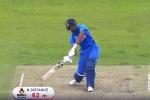 VIDEO : जब पांड्या ने एक हाथ से जड़ा 62 मीटर का छक्का, विराट भी रह गए हैरान