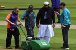 पाकिस्तान के पूर्व कप्तान ने इंजमाम पर साधा निशाना, पूछा- इंग्लैंड में क्या कर रहे हैं