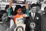 आंखों पर पट्टी बांधकर 14 साल की लड़की ने किया 51 सेकंड में 400 मीटर का सफर, बना वर्ल्ड रिकॉर्ड