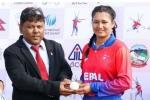 सिर्फ 1 रन बना आउट हुए 10 बल्लेबाज, अंजलि चंद ने फिर रचा इतिहास, 7 गेंदों में जीता नेपाल