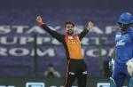 IPL 2020: मां को मिस करता हूं, वो मेरी सबसे बड़ी फैन थी- मैन ऑफ द मैच राशिद खान ने कहा