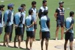 पॉवरप्ले में जूझती टीम इंडिया की गेंदबाजी, पिछले 5 मैचों से विकेट का अकाल