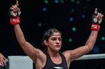 ऋतु फोगाट ने ONE: BIG BANG में पहले राउंड में जोमारी टोरेस को तकनीकी नॉकआउट से हराया