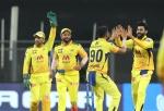 IPL 2021: रविंद्र जडेजा के 4 कैच लेने के बाद चर्चाओं में आया धोनी का 8 साल पुराना ट्वीट