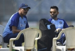 कोहली नही रवि शास्त्री के चलते भारत नहीं जीत पा रहा ICC की ट्रॉफी, बन गये हैं नये चोकर्स