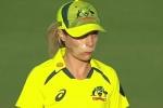 AUS vs IND: मुंह पर चोट लगने के बाद भी फील्डिंग करने उतरी ऑस्ट्रेलियाई खिलाड़ी, बहादुरी का दीवाना हुआ ट्विटर
