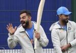 'मेरे पास बहुत सारे विकेटकीपर हैं'- T20 WC से पहले कोहली की बात ने बढ़ाई पंत की टेंशन