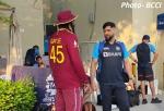 T20 WC 2021 में धोनी और गेल की मुलाकात, बीसीसीआई ने शेयर किया यादगार पल