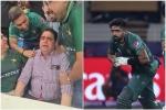 पाकिस्तान की जीत के बाद फूटकर रो पड़े बाबर आजम के पिता, लोगों ने संभाला- VIDEO