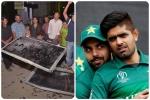 जब भारत से मिली हार से बाैखलाए पाकिस्तान के फैंस, तोड़ दिए थे टीवी