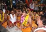 महाकालेश्वर मंदिर में हाजिरी लगाने पहुंचे रवि शास्त्री, फिल्डिंग कोच ने किया मंत्रजाप