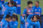 T-20 World Cup : हार के बाद फूट-फूटकर रोने लगी शैफाली वर्मा, सामने आईं तस्वीरें