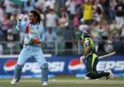 धोनी ने पहले ही बता दिया था कामरान बोल्ड होने वाले हैं- पूर्व भारतीय तेज गेंदबाज का खुलासा