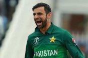 इतने सालों से खेल रहे हैं शोएब मलिक, इमरान खान-जावेद मियांदाद को छोड़ा पीछे