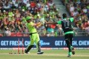 BBL 10: महज 25 गेंदों में 7 छक्के लगाकर डैनियल सैम्स ने जड़े नाबाद 65 रन, ब्रिस्बेन हीट से छीना मैच