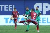 ISL-7 : जमशेदपुर की विजयी विदाई, बेंगलुरू को 3-2 से हराया