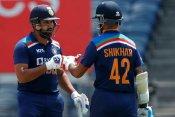 2011 विश्व कप में खेलने वाले थे रोहित शर्मा फिर इस वजह से कटा पत्ता, पूर्व चयनकर्ता ने किया खुलासा