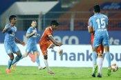 ISL-7 : मुंबई सिटी और गोवा ने खेला 2-2 से ड्रॉ, जानें अब टीम कैसे पहुंचेगी फाइनल में