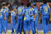 युवराज का हरफनमौला प्रदर्शन, इंडिया लिजेंड्स पहुंचा सेमीफाइनल में