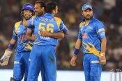Road Safety World Series: रोमांचक मैच में 12 रन से जीत फाइनल में पहुंचा भारत, आखिरी ओवर में अटकी सांसे