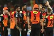 IPL इतिहास के वो 5 गेंदबाज जो पावरप्ले में देते हैं बेहद कंजूसी से रन, सिर्फ एक भारतीय शामिल