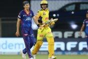 DC vs CSK: भाई के डेब्यू मैच में सैम कर्रन ने की पिटाई, महज 6 गेंदों में ठोंके 23 रन