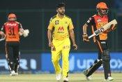 CSK vs SRH: वॉर्नर-पांडे के अर्धशतक से हैदराबाद मजबूत, आखिरी 4 ओवर में ठोंके 50 रन