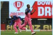 IPL 2021: 5 तूफानी गेंदबाज जो फेंक सकते हैं इस सीजन की सबसे तेज बॉल