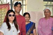 महेंद्र सिंह धोनी के माता-पिता ने जीती कोरोना की जंग, अस्पताल से हुए डिस्चार्ज