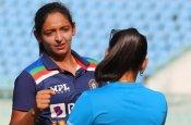 इंग्लैंड की स्पेशल लीग में खेलेंगी 4 महिला क्रिकेटर्स, BCCI ने दी अनुमति