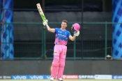 IPL 2021 : जोस बटलर ने जड़ा तूफानी शतक, 19 गेंदों में यूं बटोर लिए 92 रन