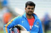 पूर्व क्रिकेटर आरपी सिंह के पिता का कोरोना से निधन