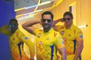IPL 2018: मैच से पहले चेन्नई सुपर किंग्स के नए थीम सॉन्ग पर कुछ यूं थिरके माही, देखें VIDEO