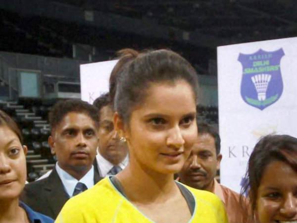 Sania Mirza Cara Black Pair Out French Open Tennis Tournament