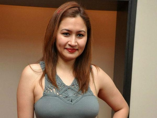 Badminton Star Jwala Gutta Joins Clean India Campaign Narendra Modi Happy