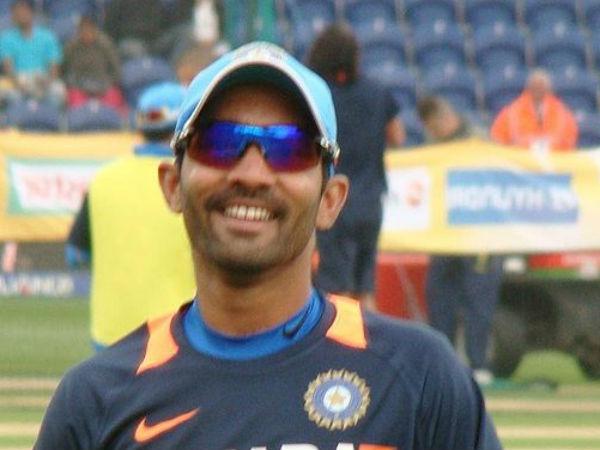धोनी के अलावा बीसीसीआई कॉन्ट्रैक्ट से बाहर हुए हैं यह 2 दिग्गज खिलाड़ी