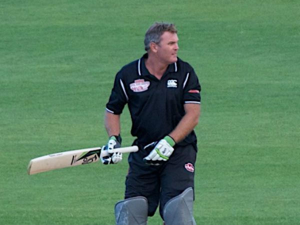 Martin Crowe Ex New Zealand Captain Dies Cancer At