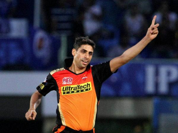 आशीष नेहरा ने बताया कौन है आईपीएल का बेस्ट कप्तान