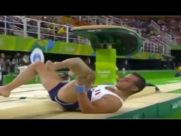 Horrible Video French Gymnast Suffers Horrifying Injury At Rio Olympic