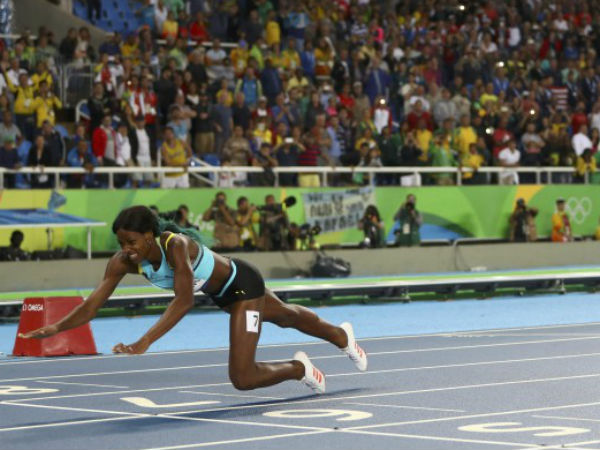 Video What Finish Shaunae Miller Dives Over Finish Line Wins Gold