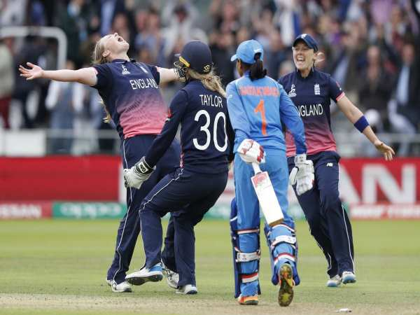 Reaction Of Fans Public On Wwc Final Match Between India England
