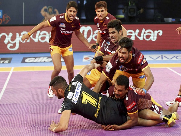 Pro Kabaddi League 2017 Up Yoddha Beat Telugu Titans 39 32