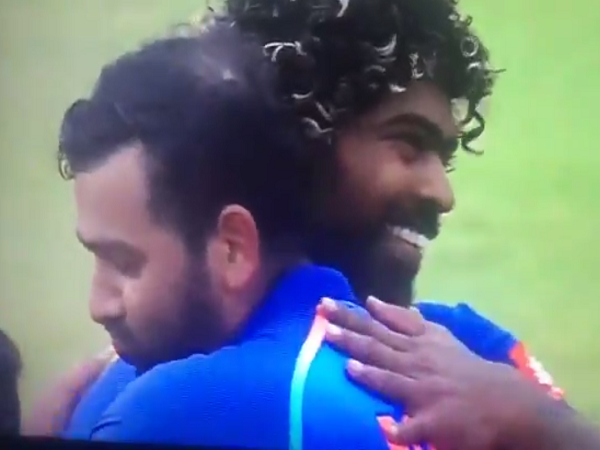 India Vs Sri Lanka Lasith Malinga Was Congratulated By Rohit Sharma On Claiming His 300th Odi Wicket