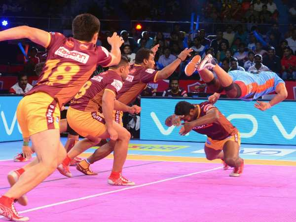 Pro Kabaddi League 2017 Bengali Warriors Beats Up Yoddha 40 20