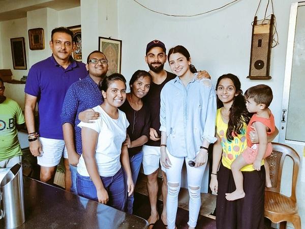Virat Kohli Anushka Sharma Ravi Shastri Spotted With Sri Lankan Fans