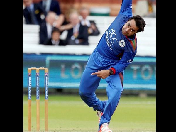 गेंदबाजी में छाये अफगानिस्तान के मोहम्मद नबी और राशिद खान