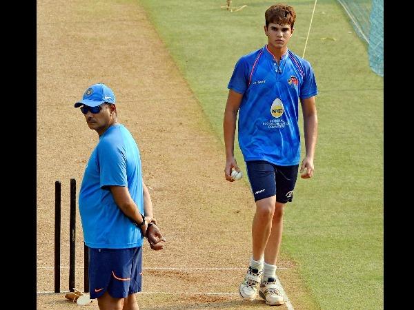Arjun was seen bowling to Indian cricket team skipper Virat Kohli and other batsmen in the nets