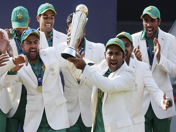 ICC Champions 2017: Sunil Gavaskar, Ravi Shastri Played A Role In Pakistan Final Win!