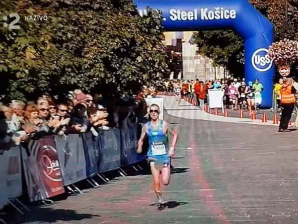 marathon runner jozef urban private part slips out of shorts in race